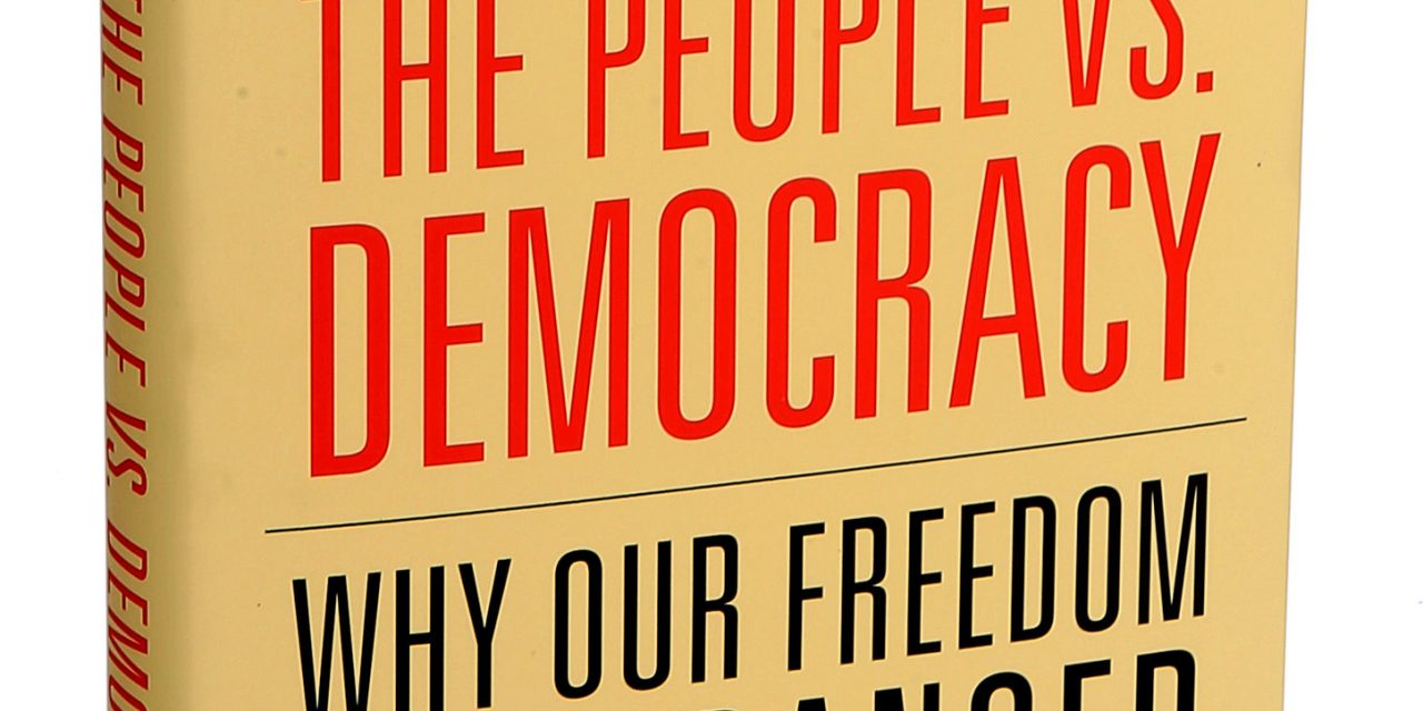 Der Zerfall der Demokratie. Wie der Populismus den Rechtsstaat bedroht.
